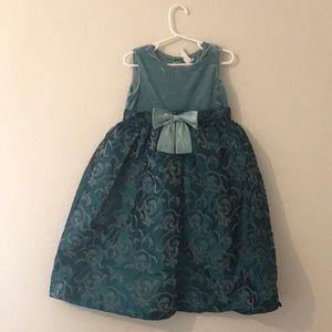 Beautiful Formal Dress from Cherokee 5T